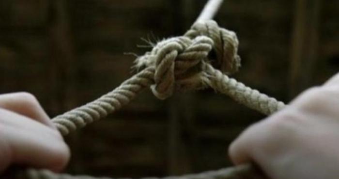 У Гуті жінка вчинила самогубство