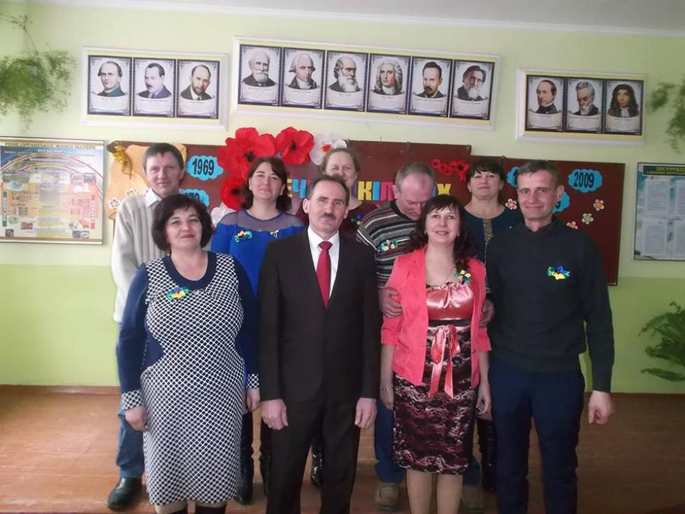 Випускники школи села Поступель