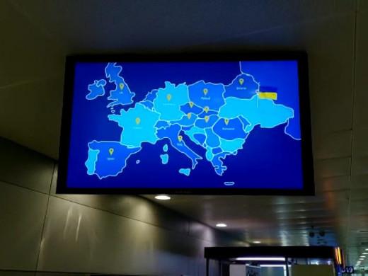 У «Борисполі» показують ролик, в якому Україна – без Криму