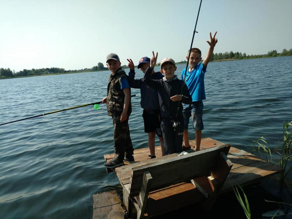 Учні мали нагоду порибалити