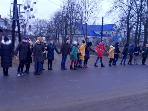 Школярі селища Заболоття