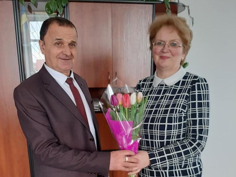 Ратнівський селищний голова привітав жінок зі святом 8 березня