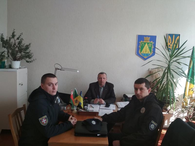 У ЗабродахУ Забродах розпочали роботу поліцейські офіцери громади