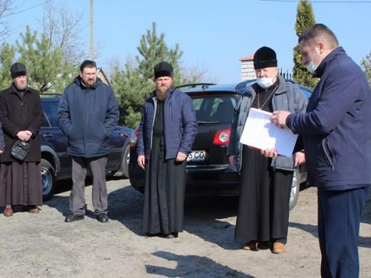 Керівники району поспілкувалися зі священниками щодо запобігання поширення небезпечної хвороби