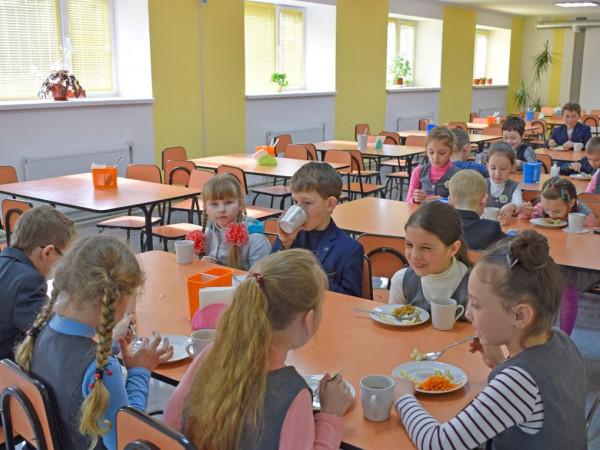 Волинські школи отримають гроші на ремонт харчоблоків