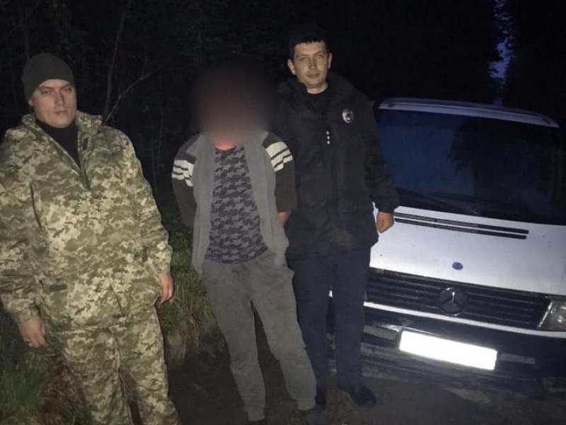 На Ратнівщині поліцейські оперативно розшукали та затримали викрадача автомобіля