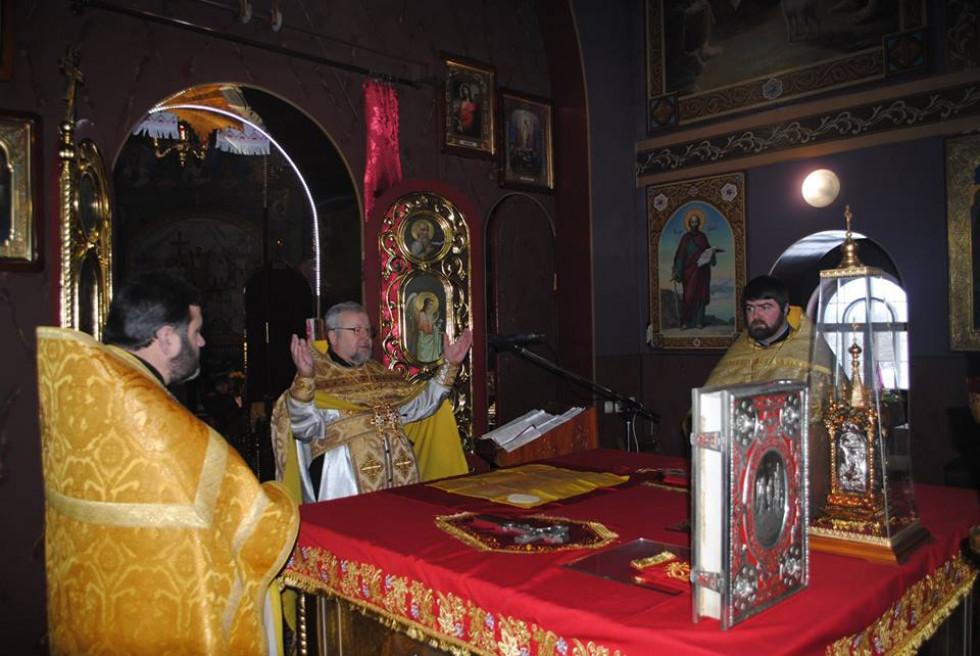 Проведення святкового богослужіння