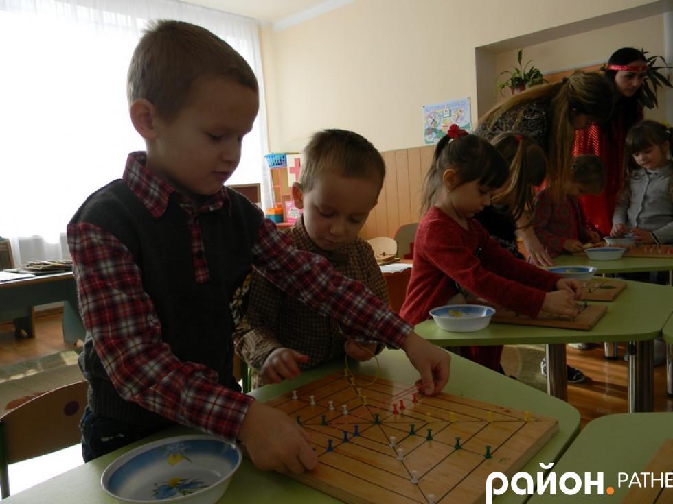 «Ознайомлення дітей із професіями дорослих, використовуючи розвивальні ігри В.Воскобовича»