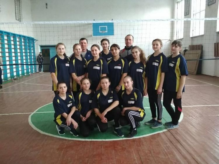 Команда волейболісток з Велимча