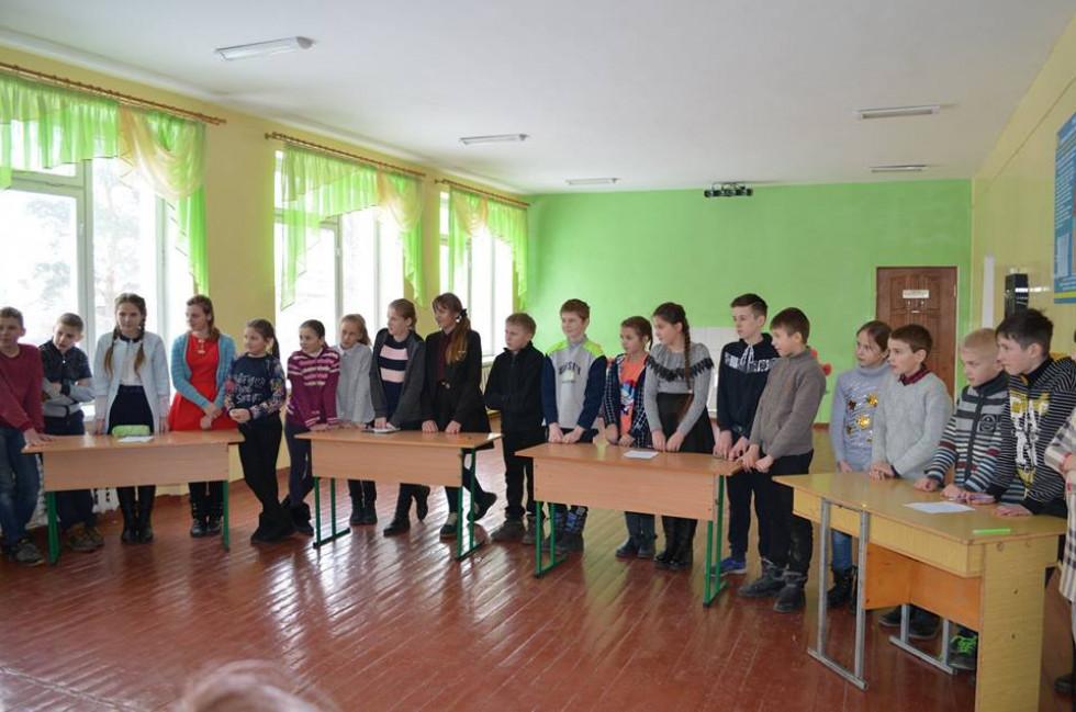 Гра-змагання між двома командами «Арифметична прогресія» та «Геометрична прогресія»