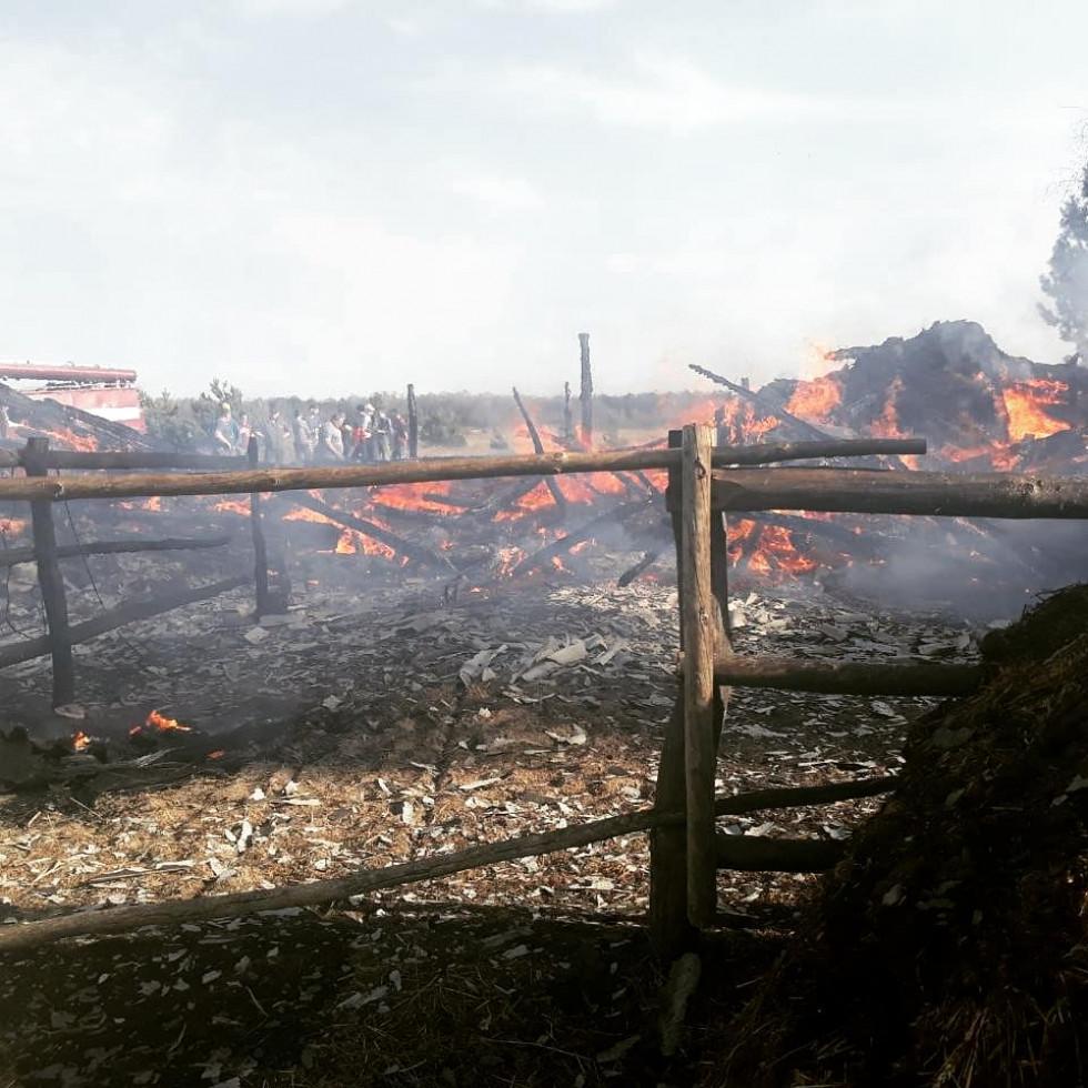 На місці пожежі майже нічого не залишилося