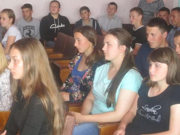 Під час бесіди із школярами