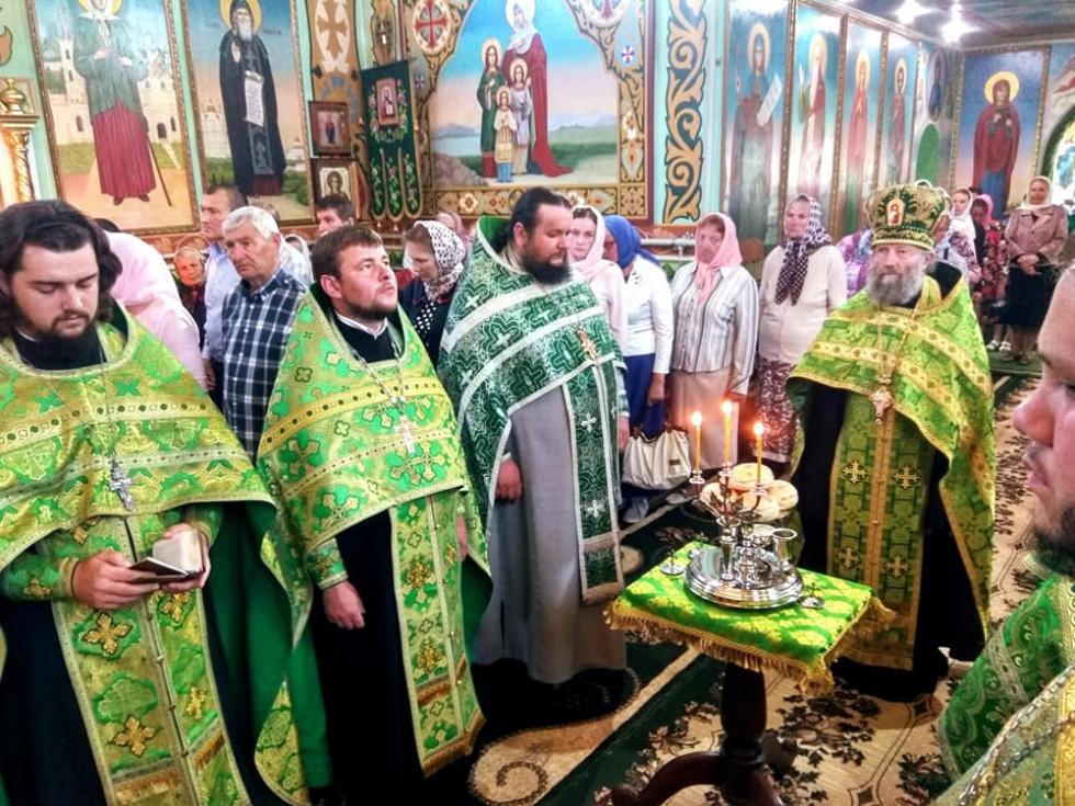 Святкове богослужіння у ратнівському храмі