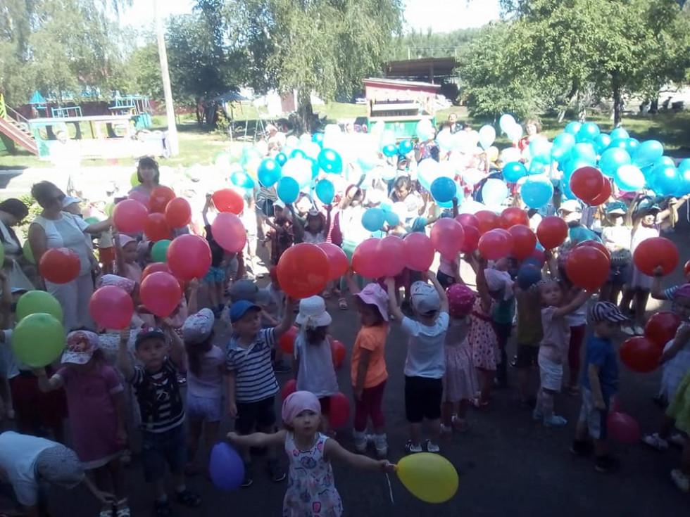 Розваги із повітряними кульками