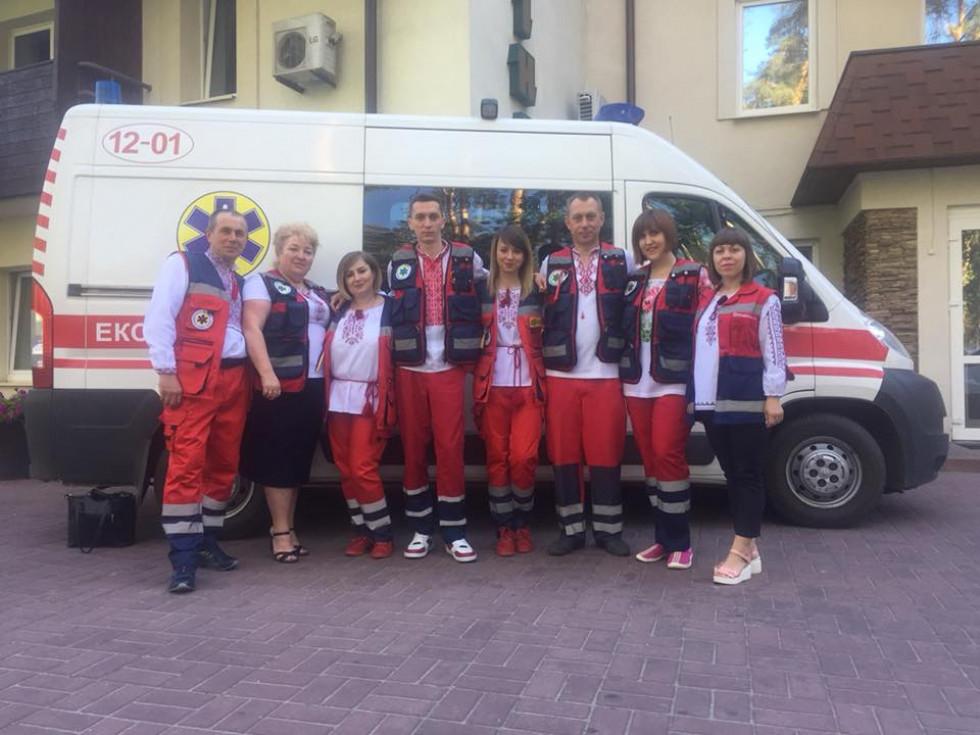 Команда ратнівських медиків