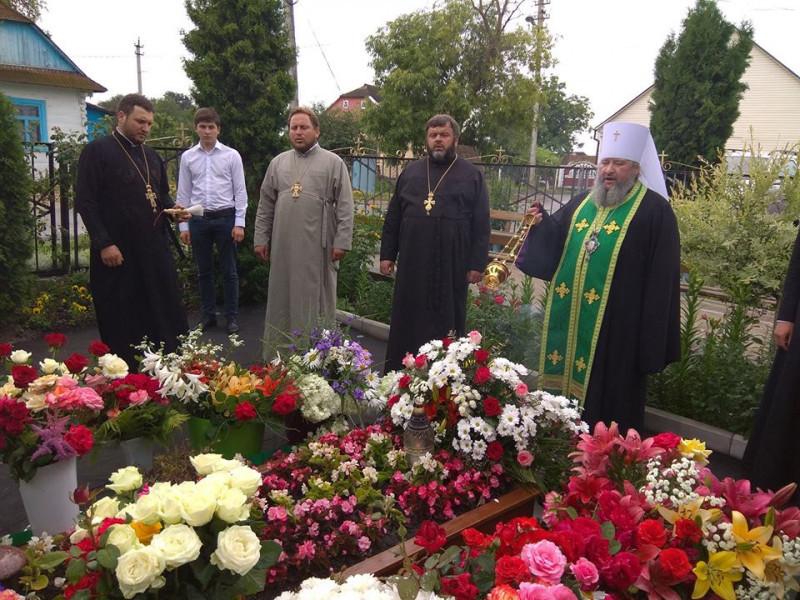 Ратне: вшанували пам'ять колишнього настоятеля храму Різдва Богородиці