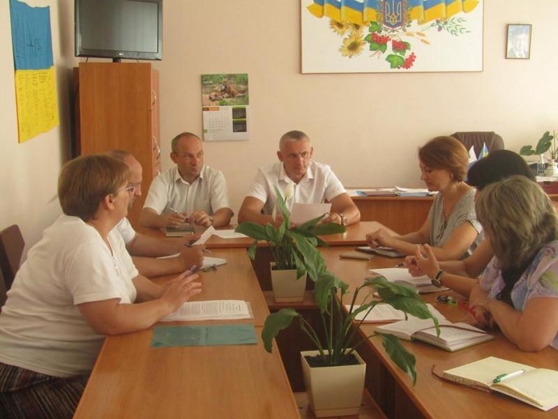 У Ратному обговорили план підготовки до Дня Конституції на Ратнівщині