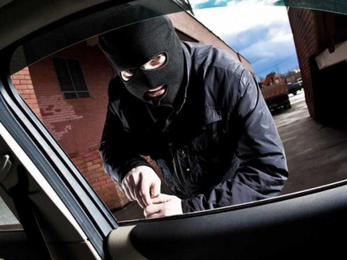 У Домановому прикордонники затримали білоруса на краденому авто