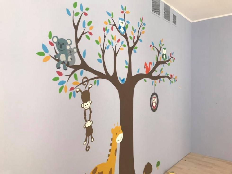 Розмальовані стіни садочку