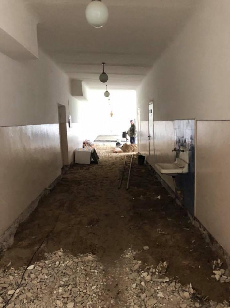 Проведення ремонтних робіт у школі