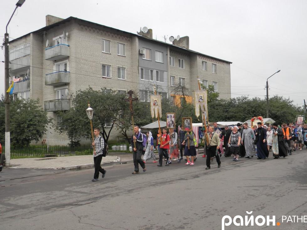 Хресна хода до Почаєва