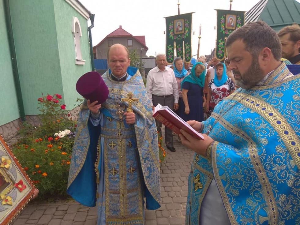 Під час святкового богослужіння