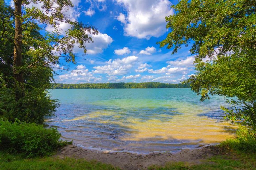 Різнобарв'я кольорів озера Святе