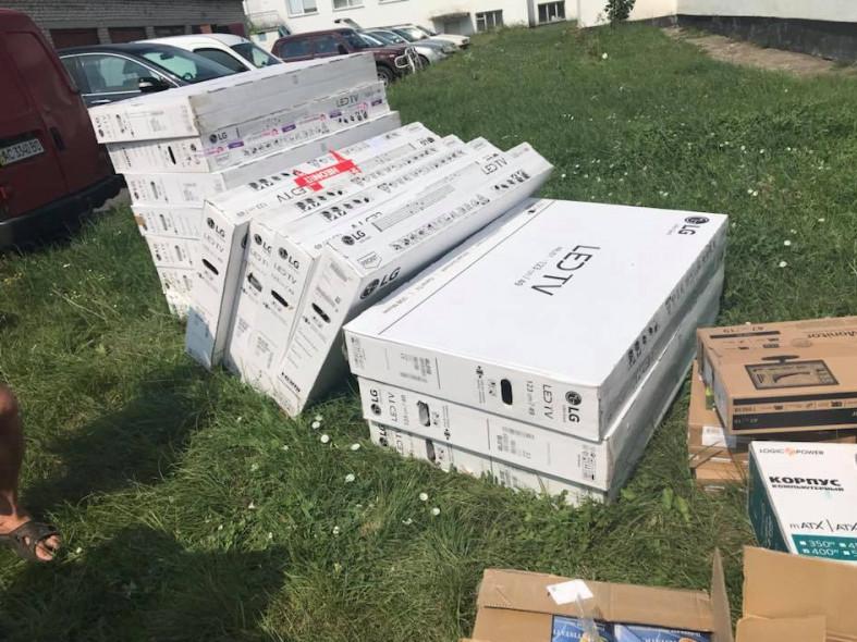 Школи Ратнівщини отримали нове комп'ютерне обладнання