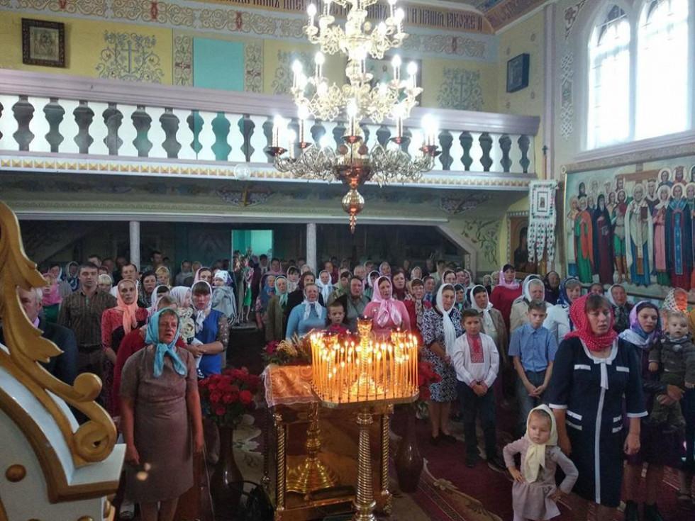 Під час богослужіння у храмі