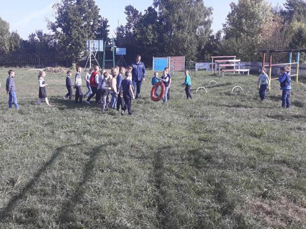 Замшанівські школярі «приміряли» на себе професію вогнеборців