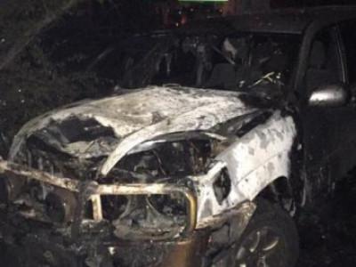 У Заболотті в обгорілому авто знайшли тіло людини