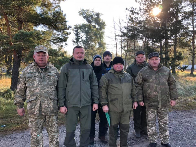 «Військові» керівники Ратнівщини відзначили День бійця територіальної оборони