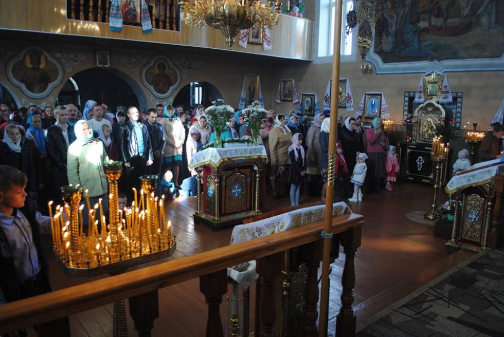 Молебінь у храмі