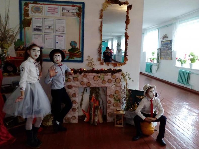 Юні міми школи села Сільце