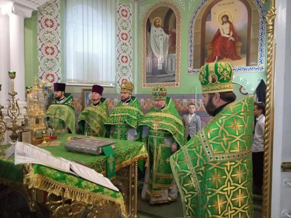 Священики району