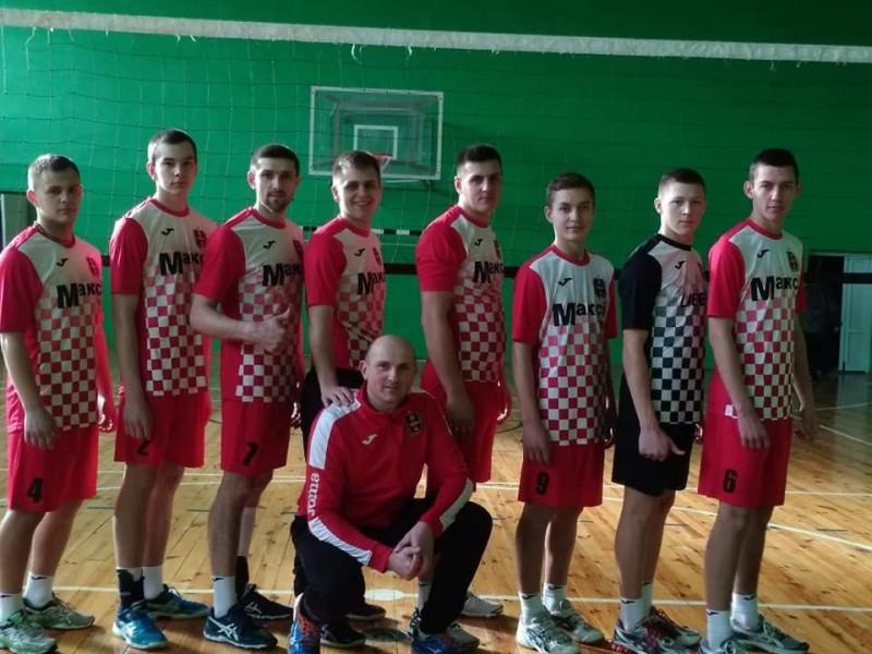 Волейбольна команда села Велимче