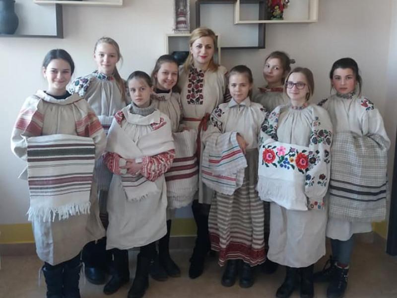 У Ратнівській гімназії створили майстерню ткацтва