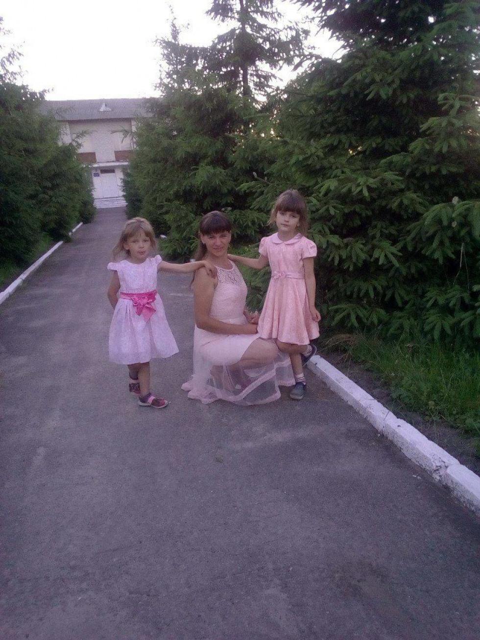 Тетяна зі своїми донечками